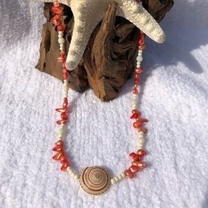 Jewelry - Seashell Necklace